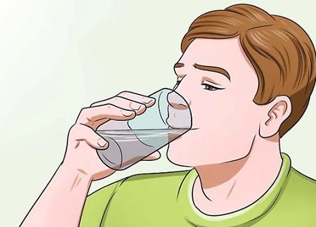 مقدار زیادی آب بنوشید
